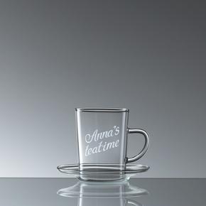 Teeglas mit Untertasse